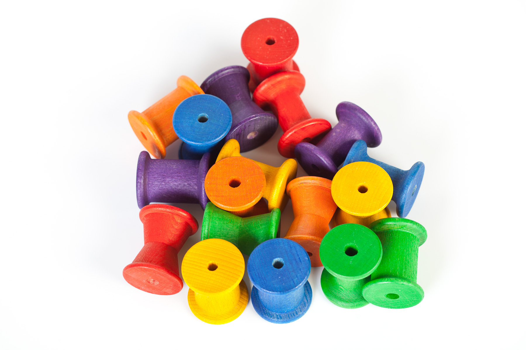 Grapat Wood Coloured Spools 36pc